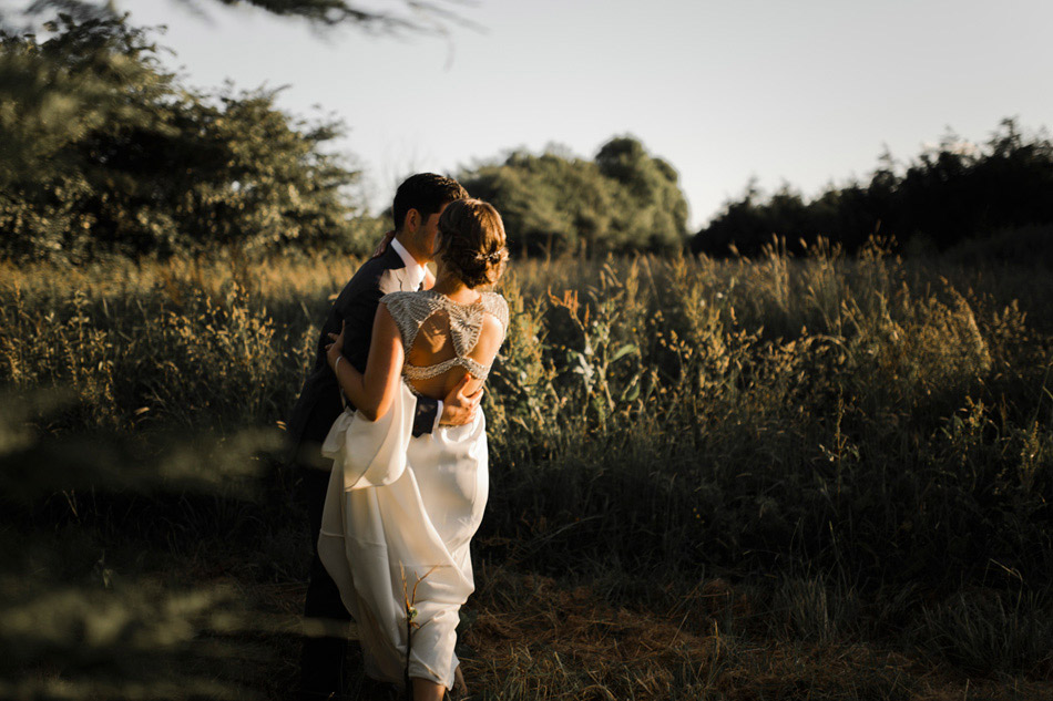 golden hour wedding photograhy