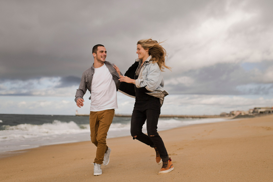 photo de couple plage de biarritz