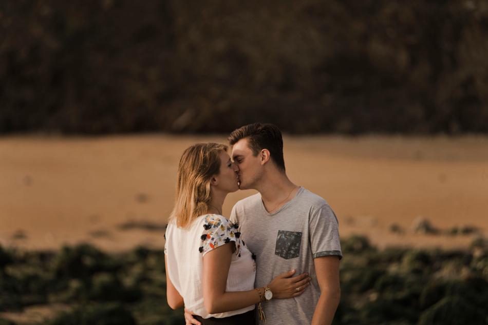 couple amoureux au soleil