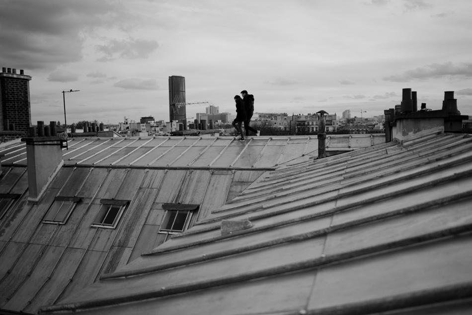 sur les tuiles de Paris