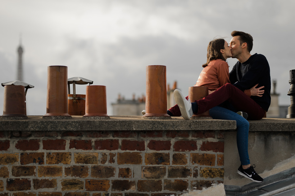 couple session rooftops Paris
