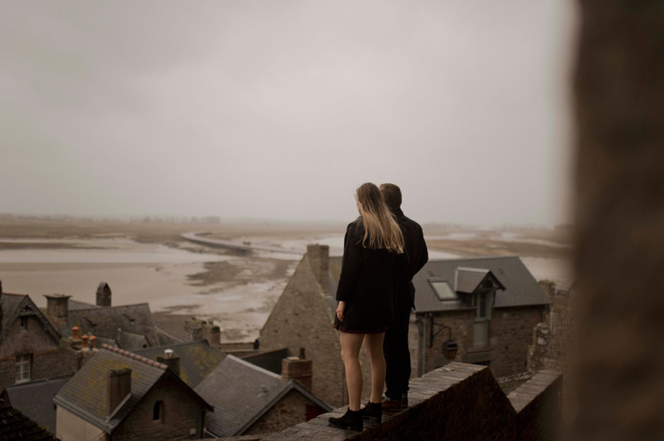 mont saint michel rooftops