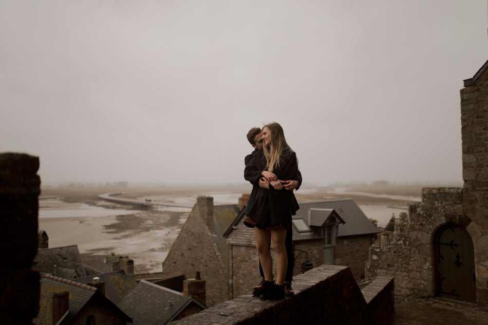 moody photography mont saint michel