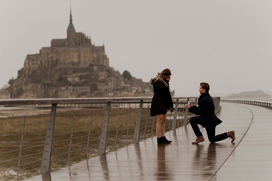 wedding proposal le mont saint michel