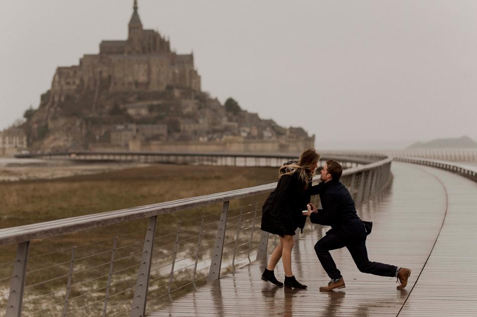 demande en mariage surprise mont saint michel