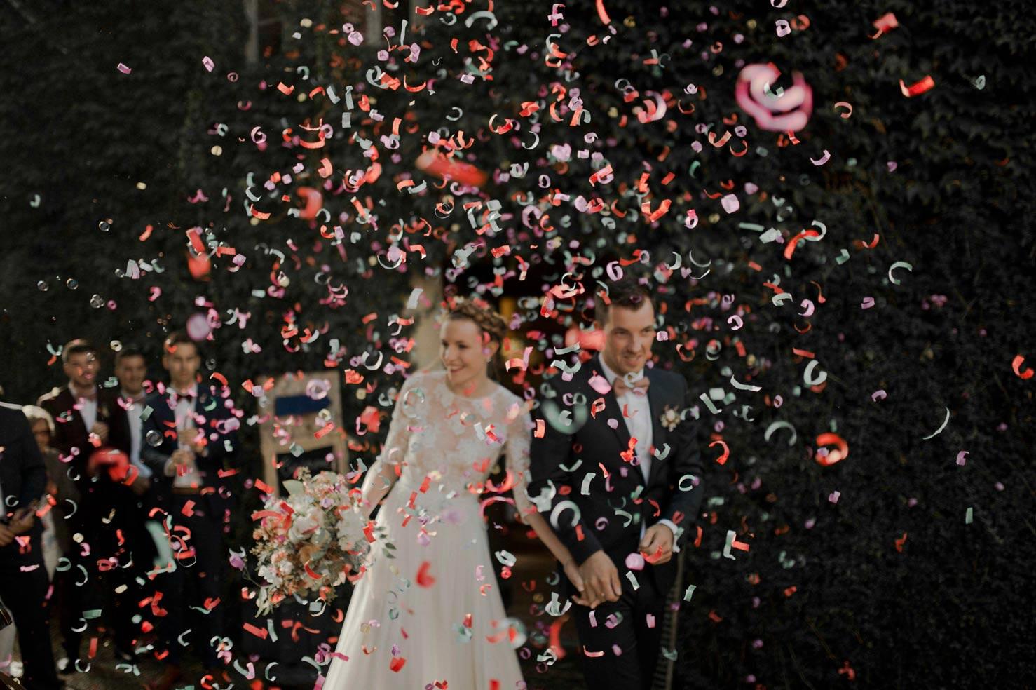 sortie mariage confettis