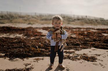 photo enfant dans les dunes