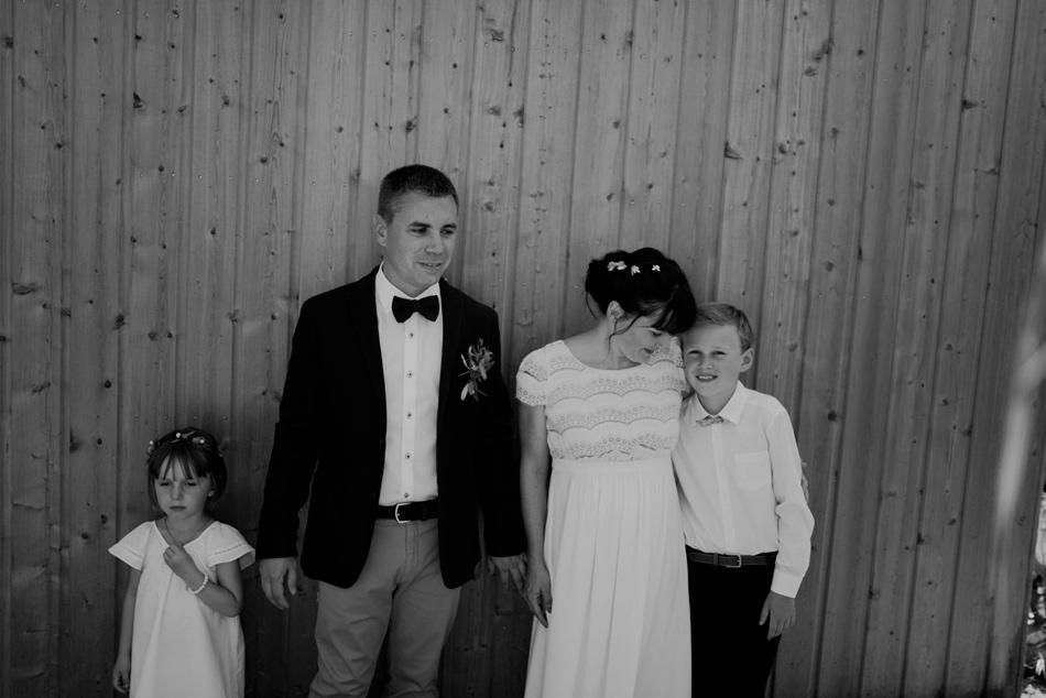 photographie des mariés et de leurs enfants