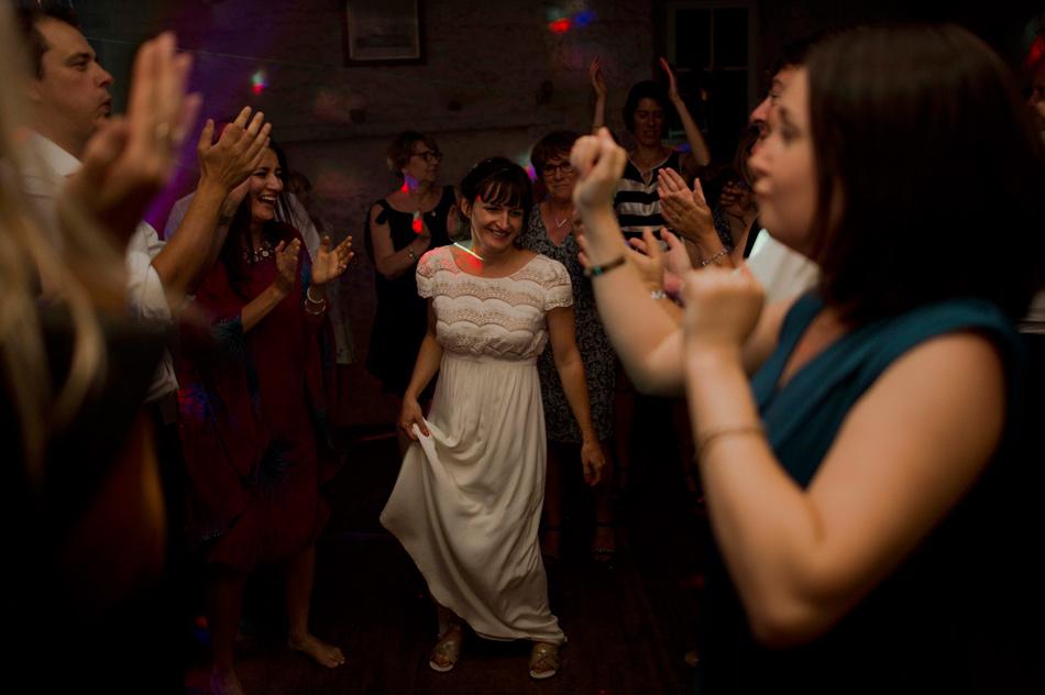 mariée dancefloor
