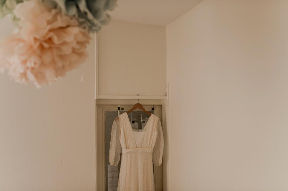 robe de la mariée et pompons
