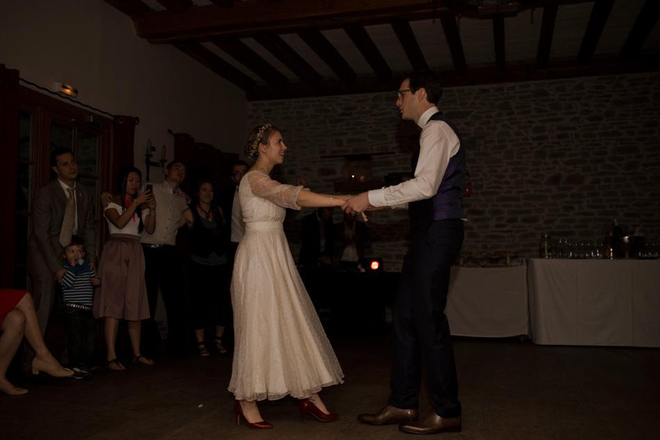 mariés sur le dance floor