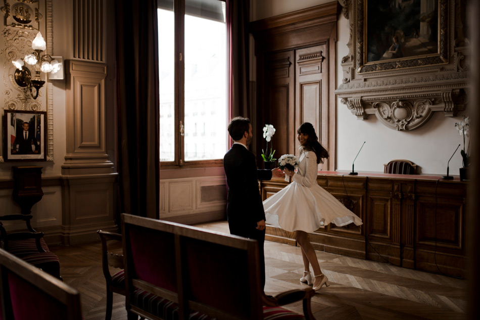 mariée dans une marie de Paris