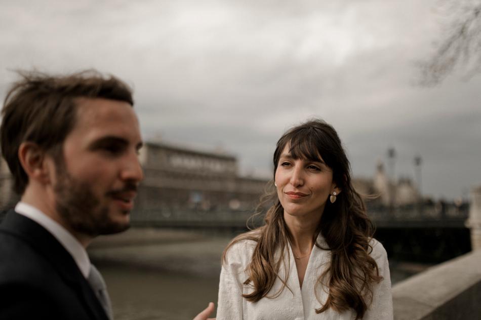 mariée sur les quais de Seine