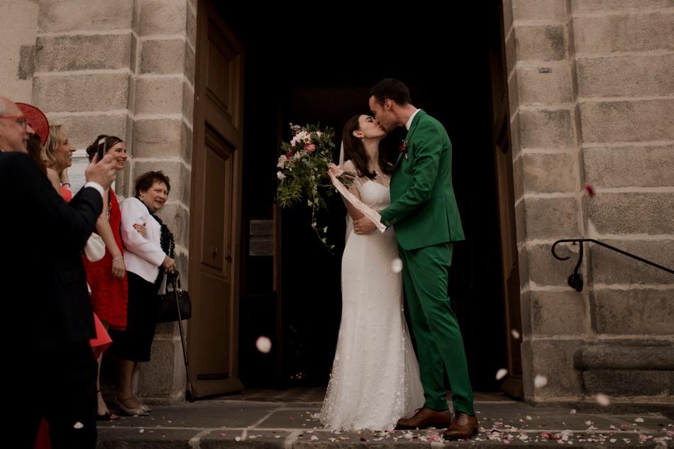 sortie de ceremonie costume vert marié
