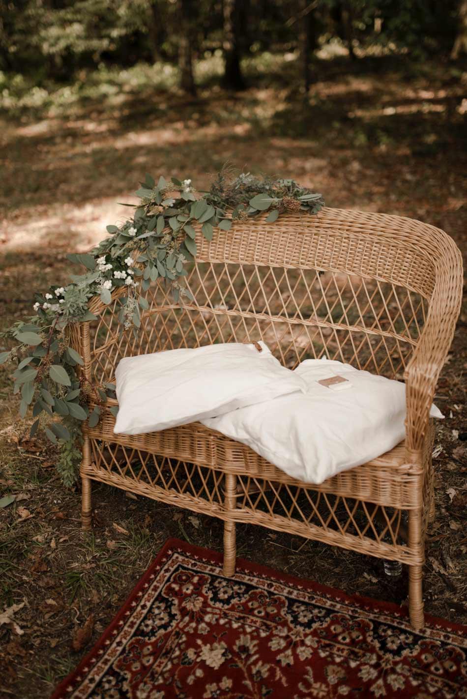 fauteuil en rotin cérémonie de mariage